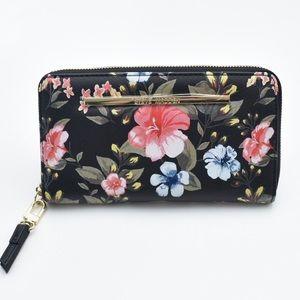 NWOT Steve Madden Floral Zip Wallet